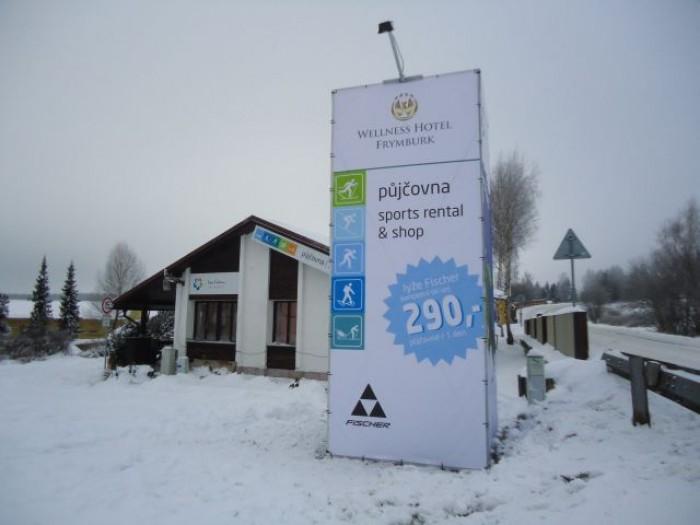 Zimní design sídla Lipna Centrum s.r.o. ve Frymburku