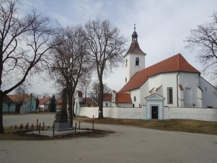 Kostelík v Pištíně