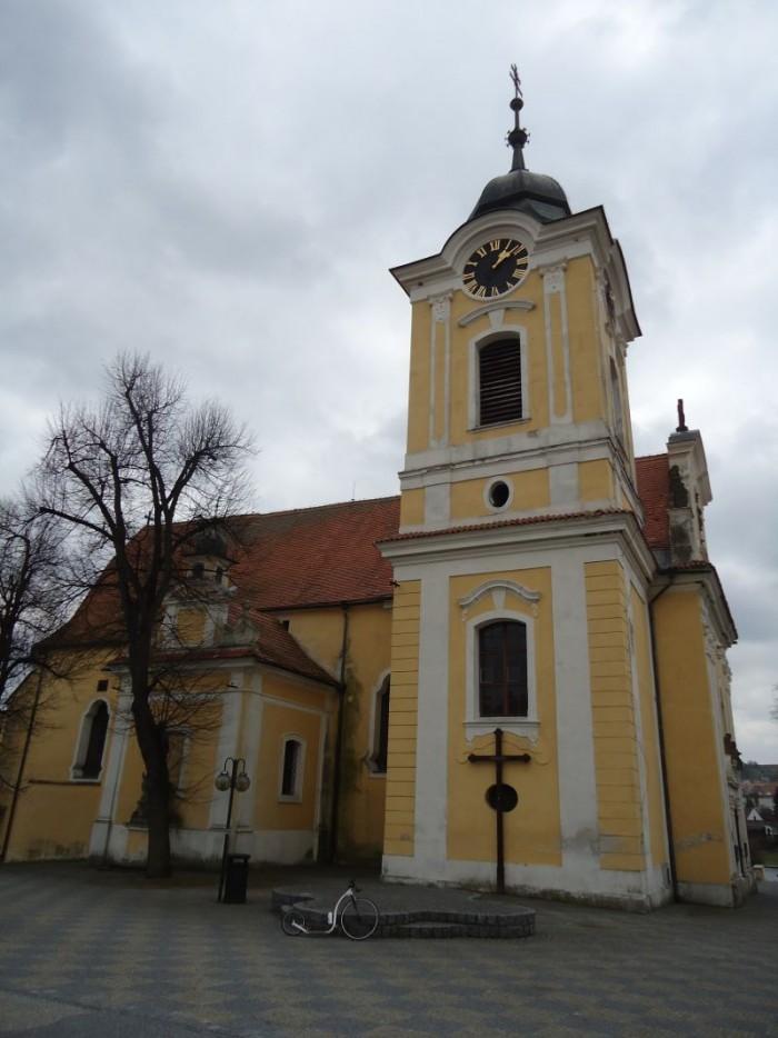 Kostel na náměstí v Týně nad Vltavou