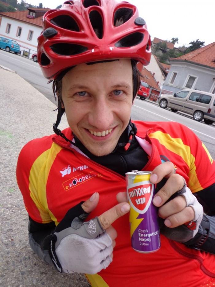 Energetický nápoj je občas třeba...chuť ale nepříliš valné chuti :-)