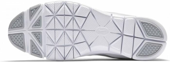 Podrážka není ideální pro podlepení protiskluzovou gumou, ale tam 2mm gumu mám a nedám na tyto boty dopustit